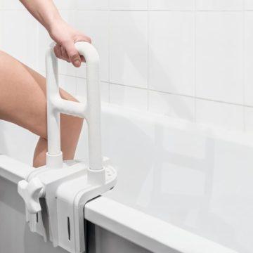 Badewannensitze und Einsteighilfen für die Badewanne