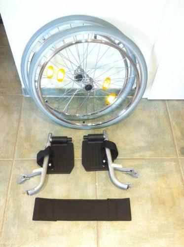 Trendmobil Rollstuhl TMB Faltrollstuhl demontierte Räder