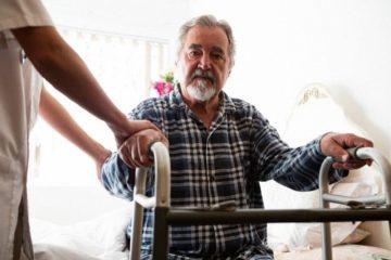 Aufstehhilfen für Senioren zur Verbesserung der Mobilität