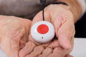 Hausnotruf für Senioren – Sicherheit in den eigenen 4 Wänden