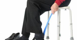 ankleidehilfen-senioren_