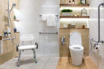 seniorengerechtes badezimmer