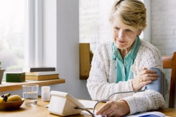 Blutdruckmessgeräte für Senioren – Ein täglicher Begleiter