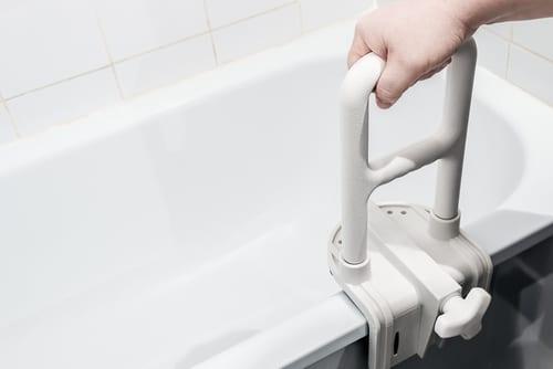Haltegriff - Sicherer Einstieg in die Badewanne