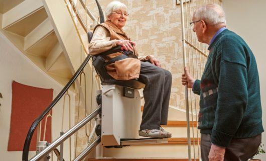 Treppenlift für Senioren günstig
