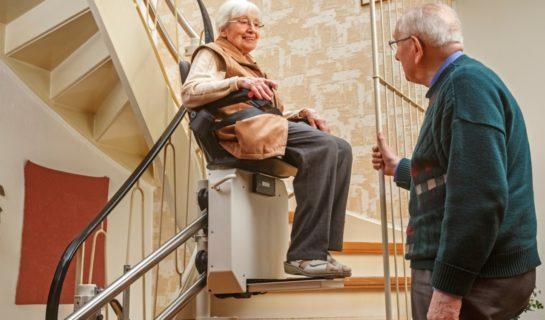 Treppenlifte günstiger mit Zuschuss durch die Pflegekasse