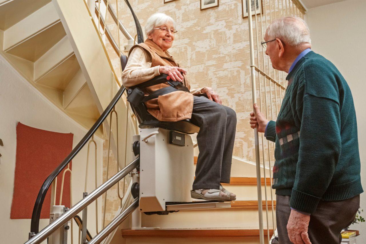 Treppenlift mit Zuschuss von der Pflegekasse