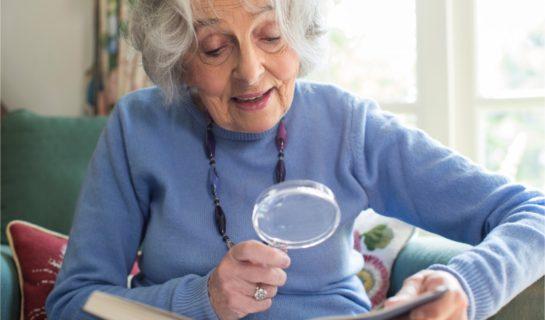 Lesehilfen für Senioren
