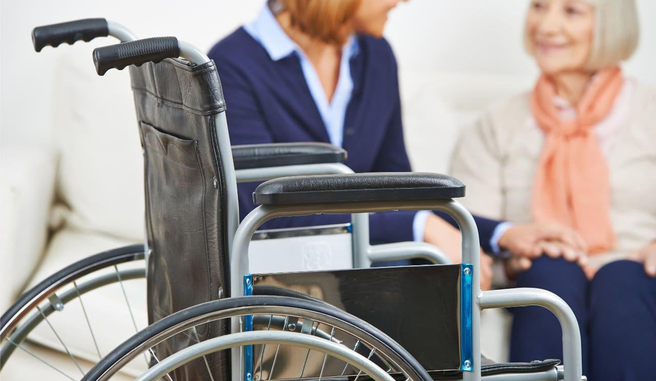 Senioren Rollstühle und Alltagshilfen